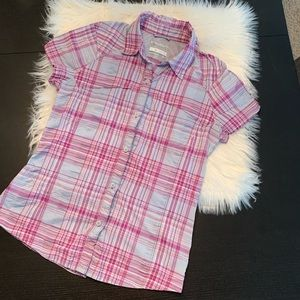 Like new Columbia silver ridge plaid. Small.